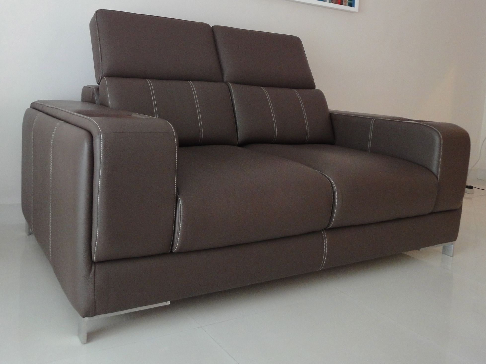Karlsson Leather offers customized leather furniture like sofa