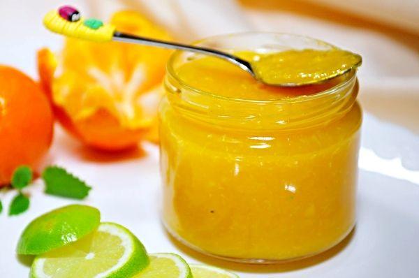 Mandarinkový džem s limetkou