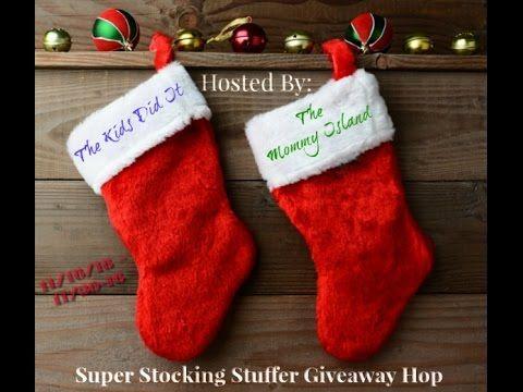 Super Stocking Stuffer #Giveaway Hop | November 16 - 30, 2016 #holidaygiveaway #holidaygiftguide #giving | Readeropolis