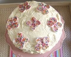 """Marshmallow flower cake""  Pretty as a picture, this gorgeous Marshmallow flower birthday cake is as easy to make as it is to eat."