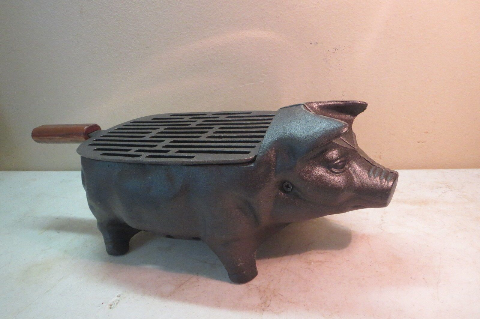 Vintage Cast Iron Pig Shape Hibachi Tabletop Outside Charcoal Grill Over 16 Lbs Cast Iron Cast Iron Grill Charcoal Grill