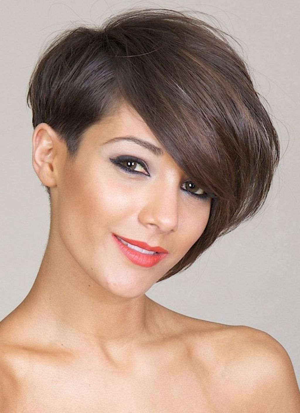 199 Asymmetrical Short Hair Pixie Haircut | Short ...