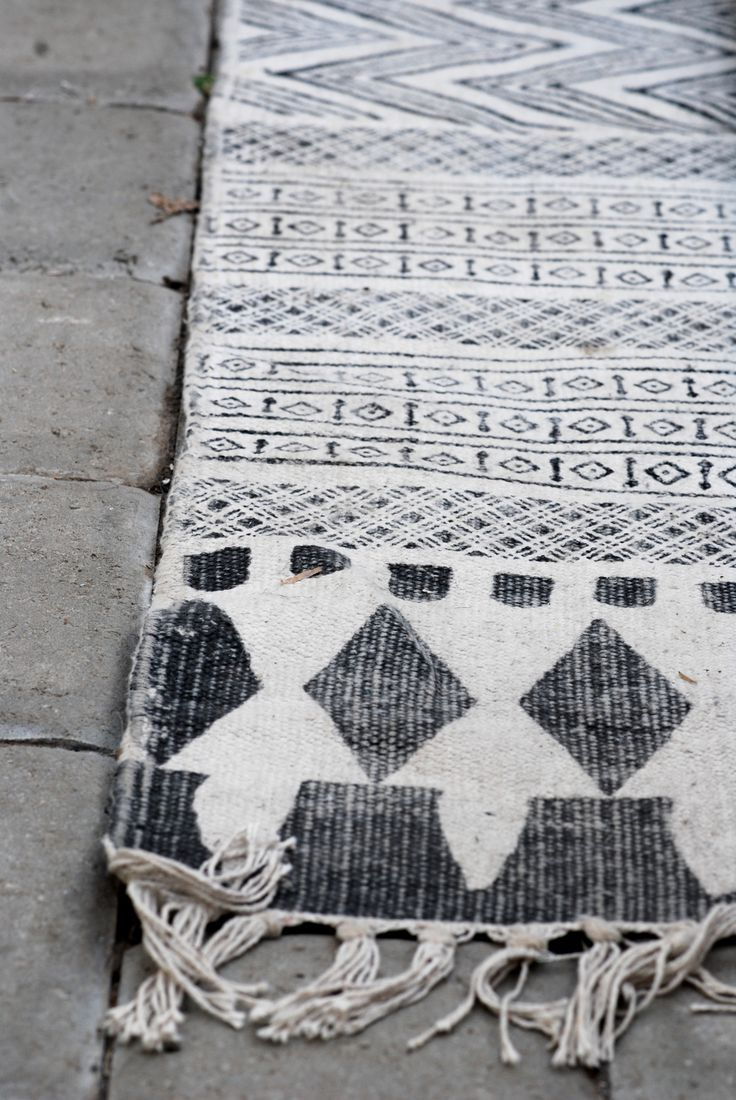 Could Be Neat To Do Turkish Rug Inspired Towels/blankets. Really Like This  Pattern