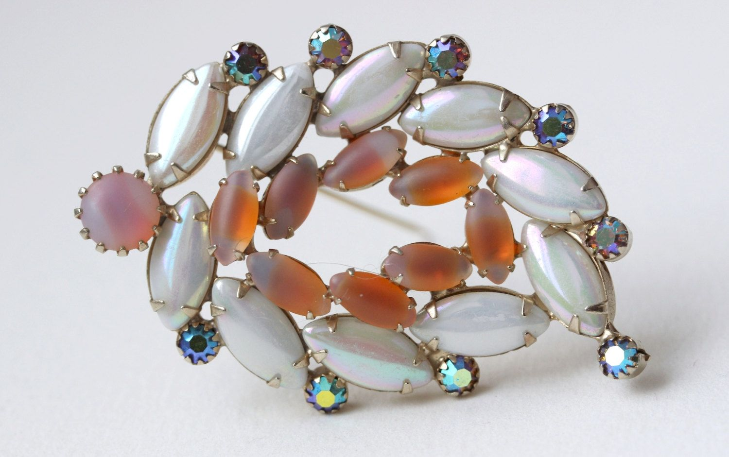 1960s Continental Rhinestones Brooch Pin Made In Canada By Oselavy Vintage Jewelry Rhinestone Vintage Costume Jewelry