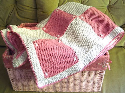 Free Pattern Quilt Look Blanket By Patons Baby Knit And Crochet