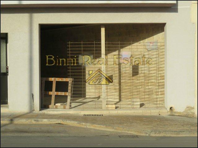 Malta Shop Shell Form Zabbar Malta Property Direct From Owners Binni Real Estate Malta Reference 001180 Property Property For Rent Malta