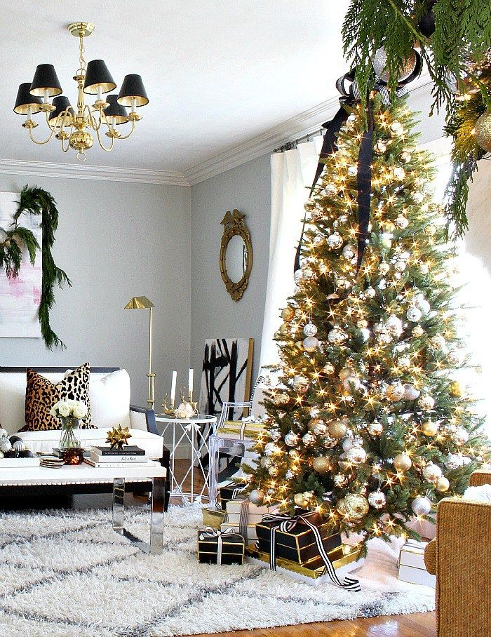 Blogger Stylin' Home Tours Christmas 2015 | Gold decorations ...