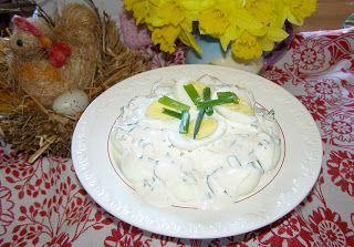 W Mojej Kuchni Lubię.. : jajka w sosie majonezowo-jogurtowym ze szczypiorki...