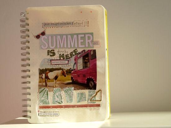 http://notesonpaper.blogspot.fr/2012/09/art-journaling-summers-lease.html