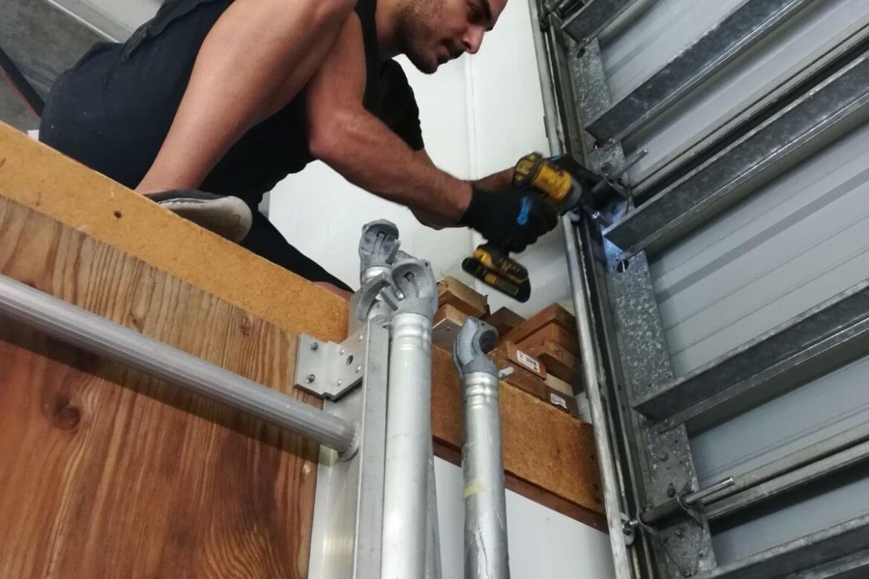 Garage Door Repair Services In 2020 Garage Door Repair Service