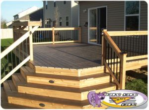 Omaha Custom Deck With Mixed Material Deck Custom Decks Deck Building Plans