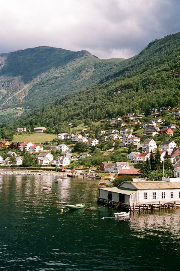 DEFINITELYDOPE | Norwayfjord (by Laura Dempsey)