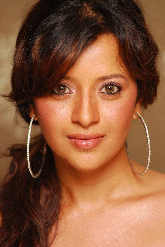 reema senreema sen songs, reema sen, reema sen hot, reema sen hot pics, reema sen marriage photos, reema sen hot scene, reema sen facebook, reema sen husband, reema sen hot scene in bed, reema sen navel, reema sen biography