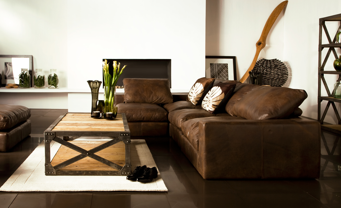 industrial chic living room. zamp.co