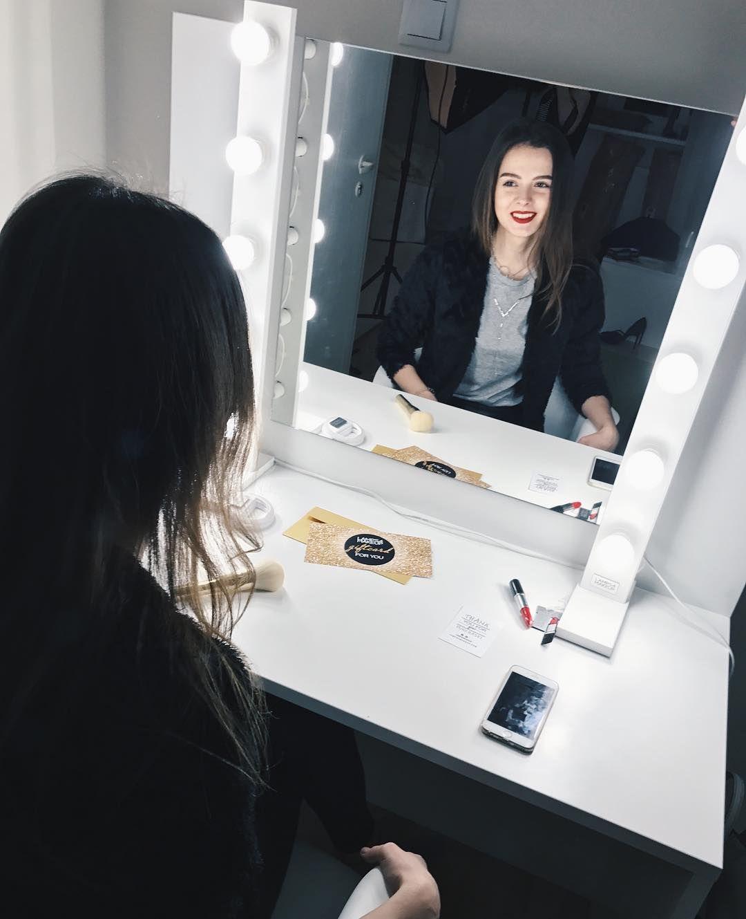 Unsere Fortschrittlichsten Lampen Das Beste Kosmetik Licht Wie Im Schonheitssalon Boudoir Lampen Led Lampen Fur Schminktisch Spiege Mirror Vanity Mirror Decor