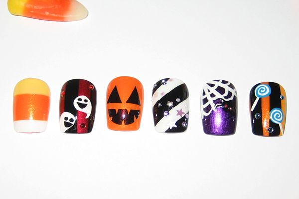 Now The Candy Corn Ones Are Just Plain Cute Halloween Funky Nail Art Halloween Nail Art Halloween Nail Designs