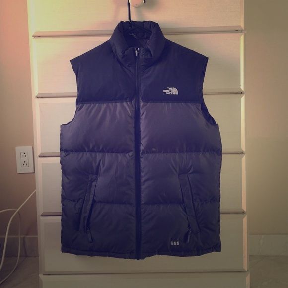 North Face Puffer Vest This North Face Puffer Vest is the perfect gift for that special man in your life! Great as a Christina's gift. Jacket has never been worn!  North Face Jackets & Coats Vests