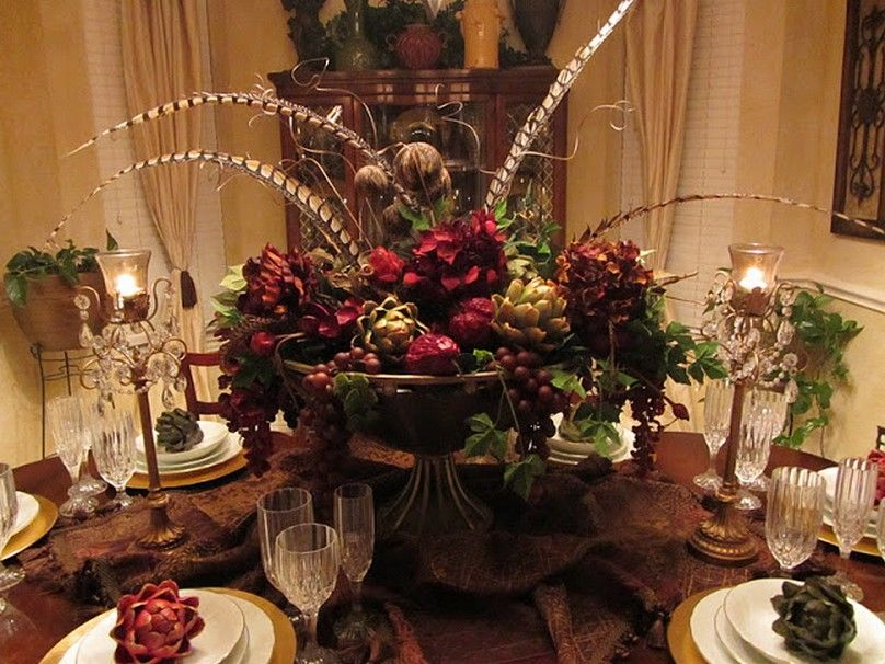 Dining table arrangements norton safe search christmas for Large dining room centerpieces