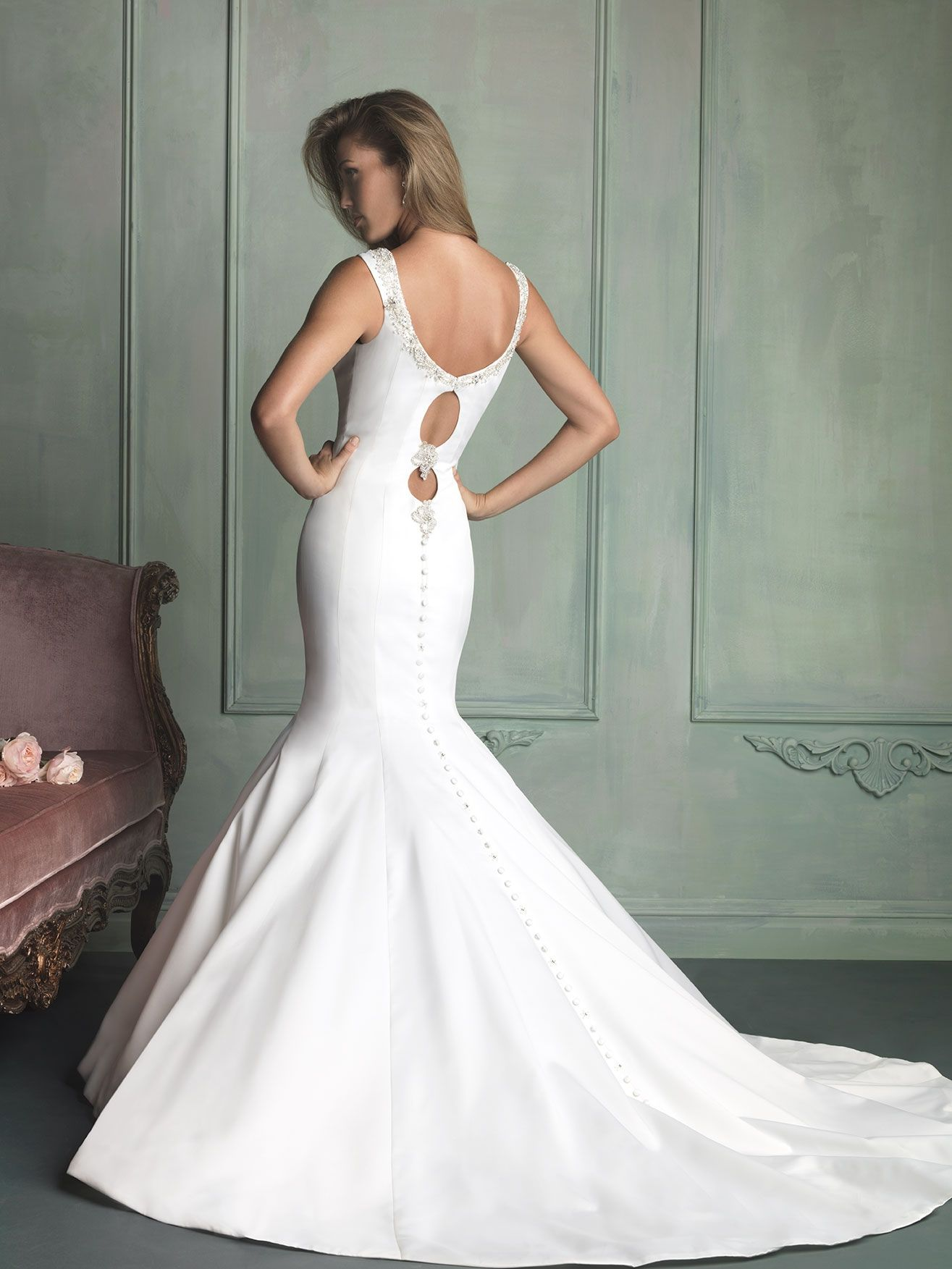 Allure Bridals : Allure Collection : Style 9118 : Available colours : White/Silver, Ivory/Silver (back)