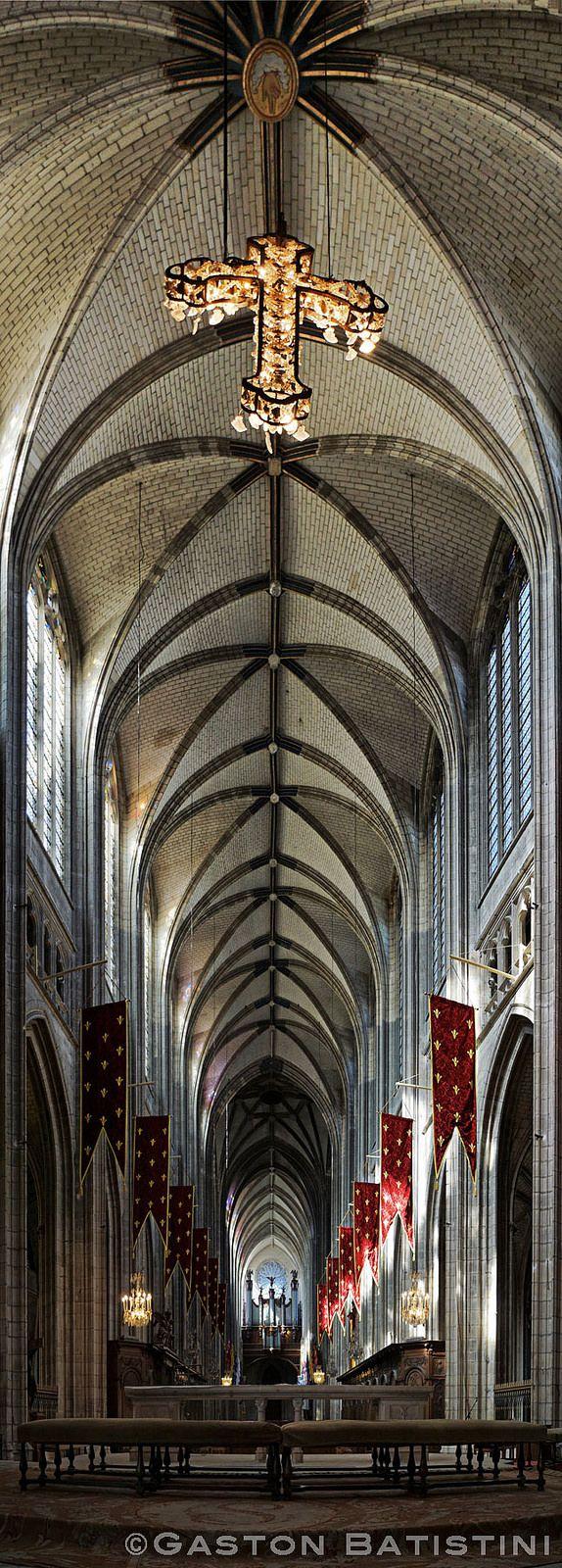 Cathédrale Sainte-Croix d'Orléans, département du Loiret, France