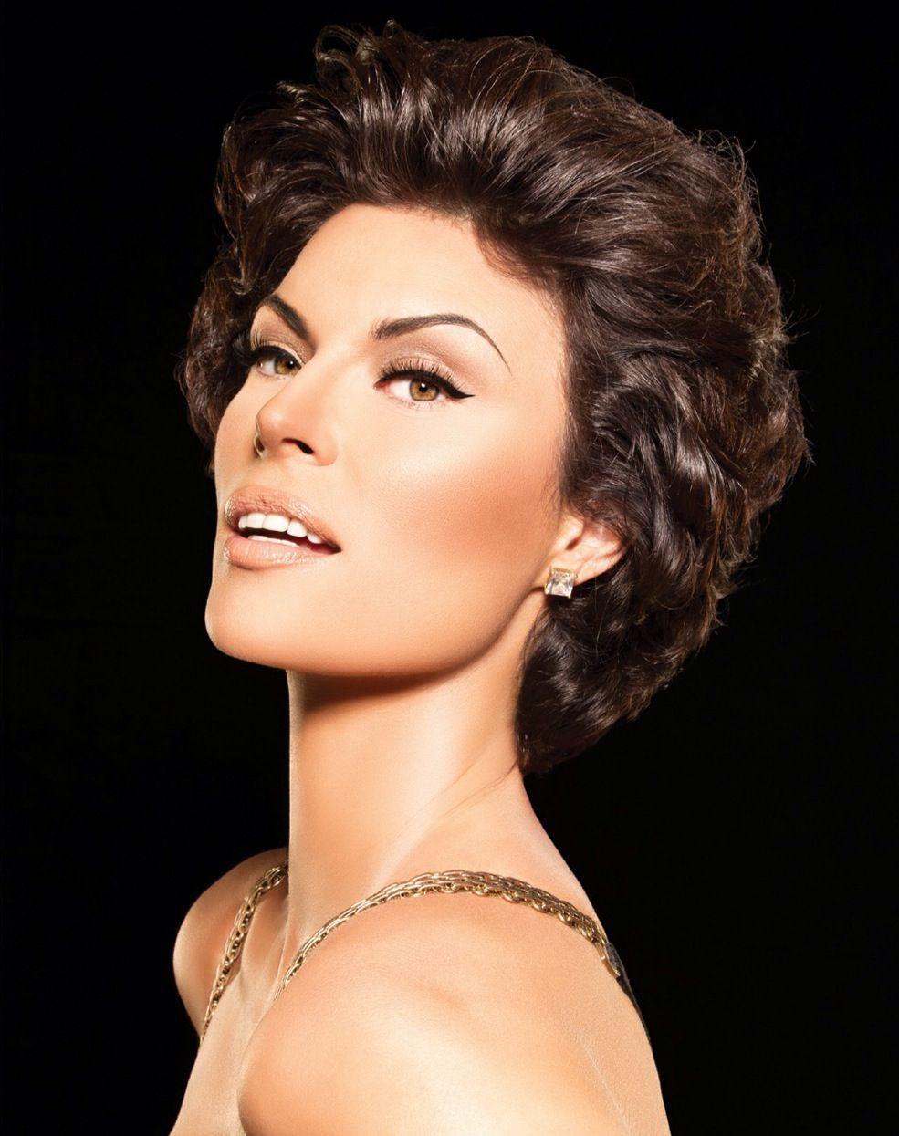 Sophia Loren makeup by Scott Barnes Sophia loren makeup