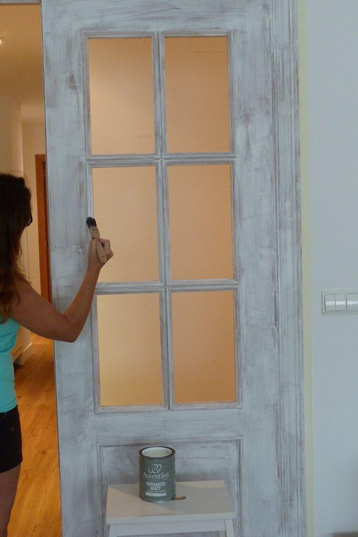 Resultado de imagen de dormitorios pintados a la tiza for Pintar puertas de blanco en casa