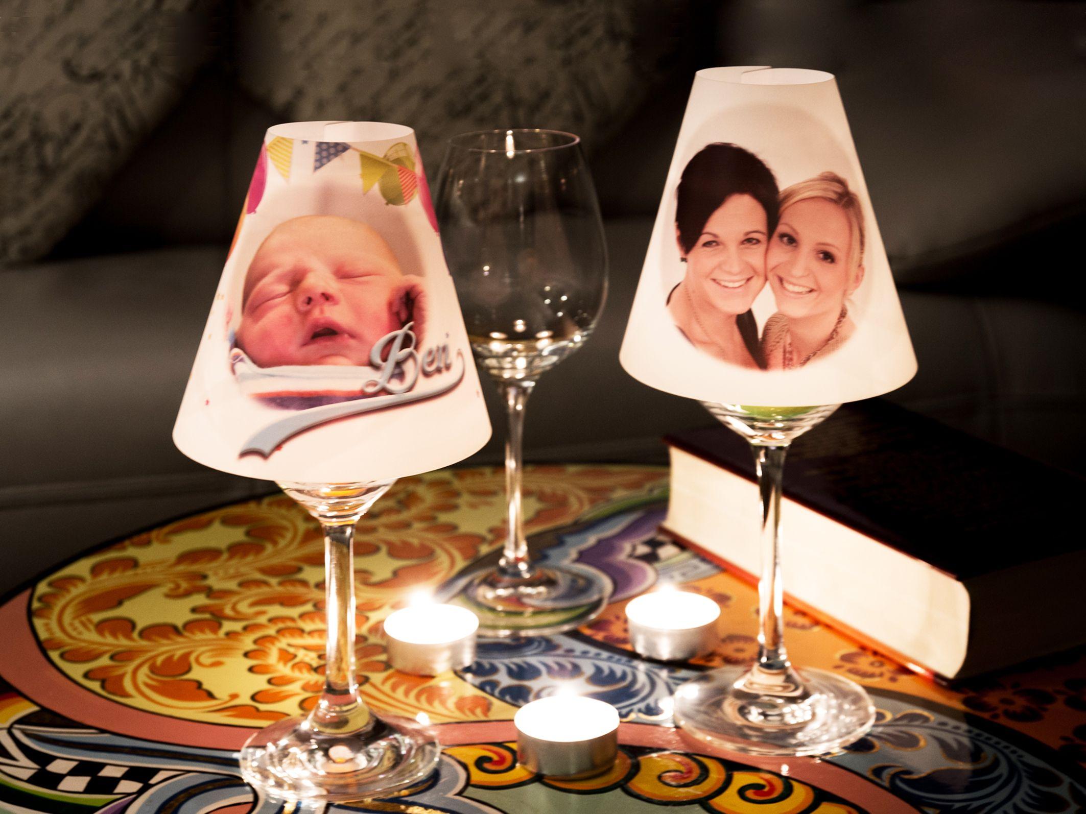 wir drucken ihr foto logo oder bild auf unsere mini lampenschirme f r weingl ser und. Black Bedroom Furniture Sets. Home Design Ideas