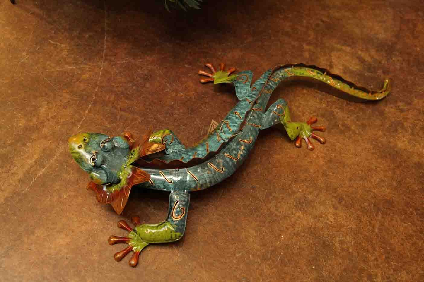 colorful metal decorative lizard / reptile Evergreen Lake