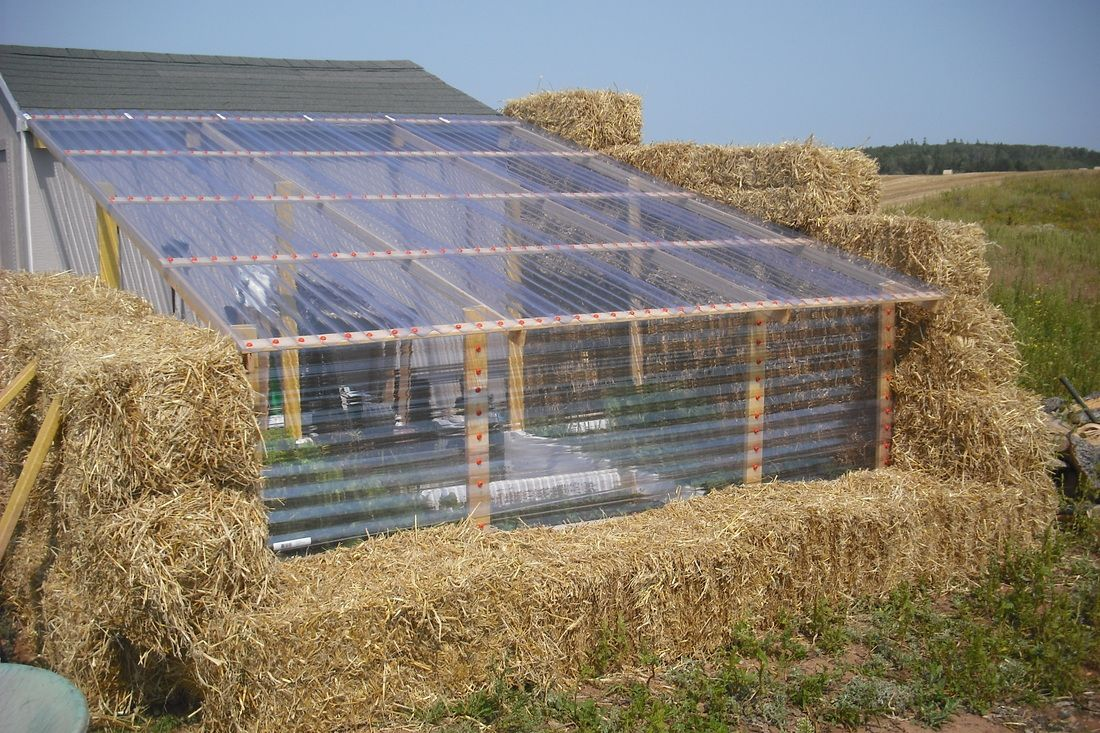 Do It Yourself Home Design: Straw Bale Greenhouse - Simplify & Save