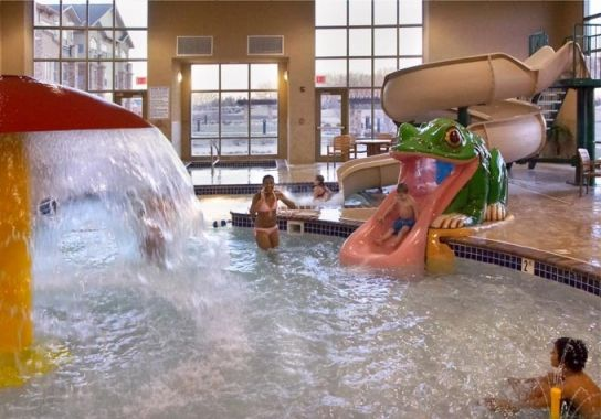 Relax And Kick Back In One Of Our 100 Guest Rooms Suites At Clubhouse Hotel Sioux Falls Read About Amenities