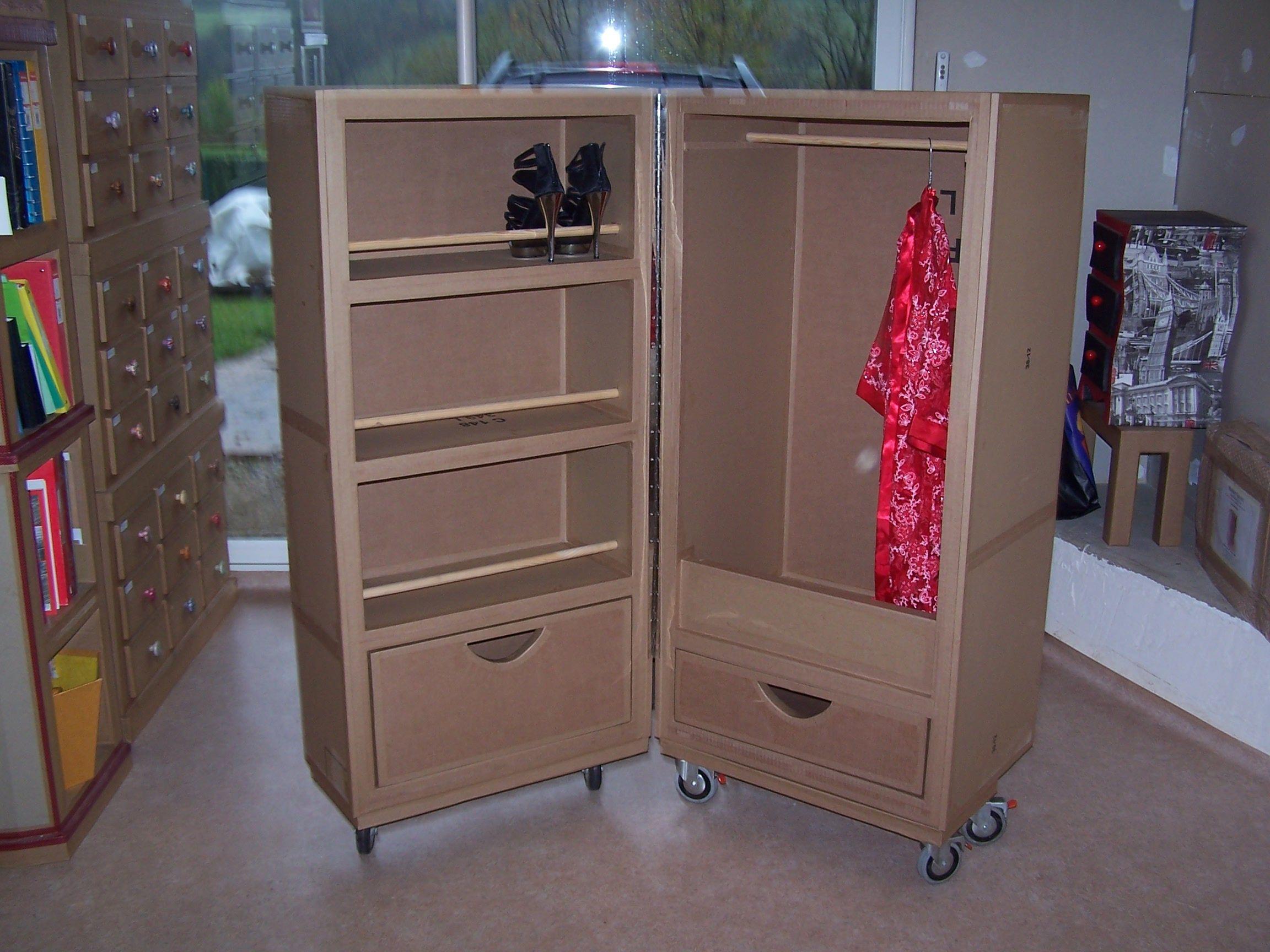 formation design cr ation mobilier en carton paper cardboard pinterest cardboard furniture. Black Bedroom Furniture Sets. Home Design Ideas