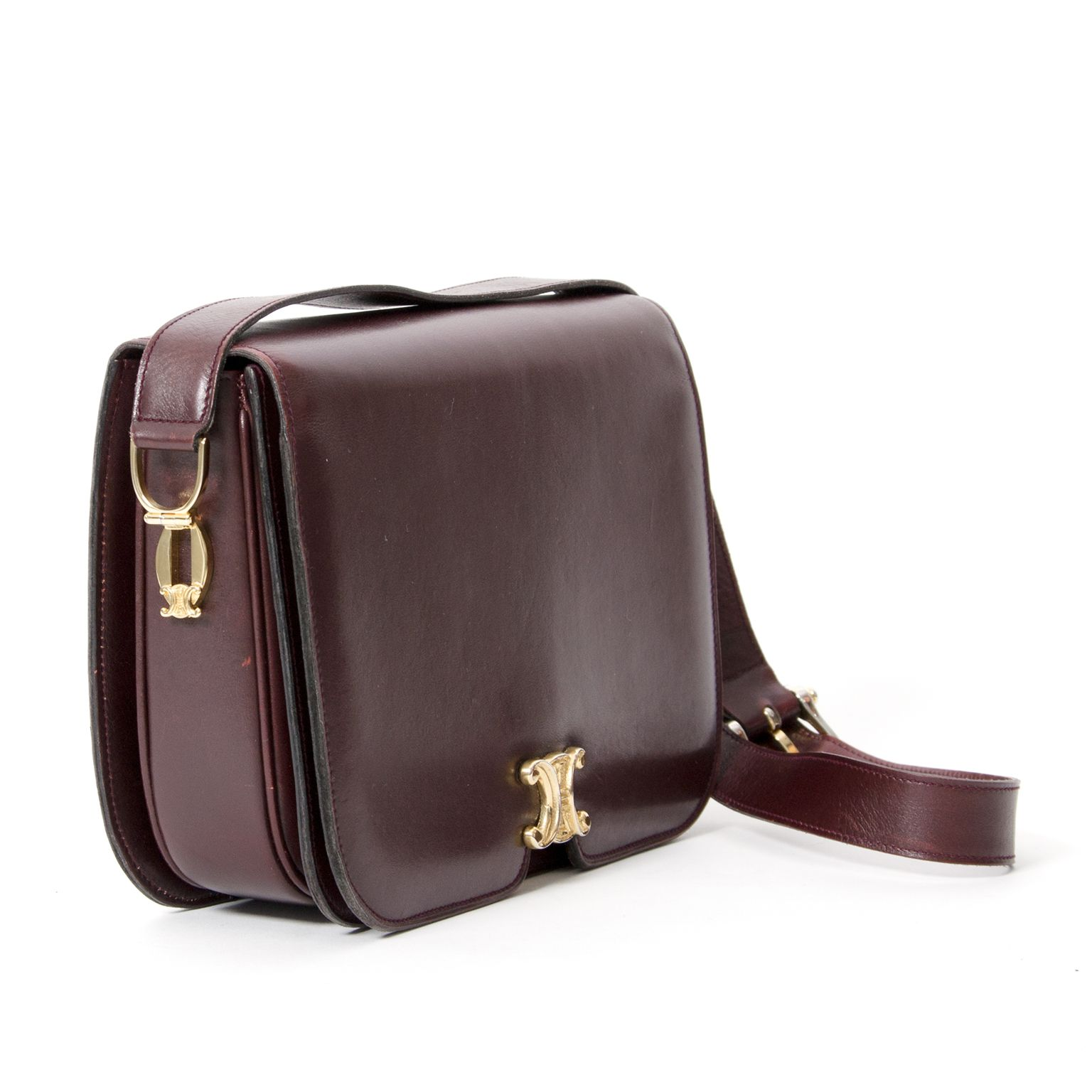8ed2c17a9 ... Buy and Sell Authentic Luxury. Céline Aubergine Shoulder Bag.  Secondhand designer bags LabelLOV