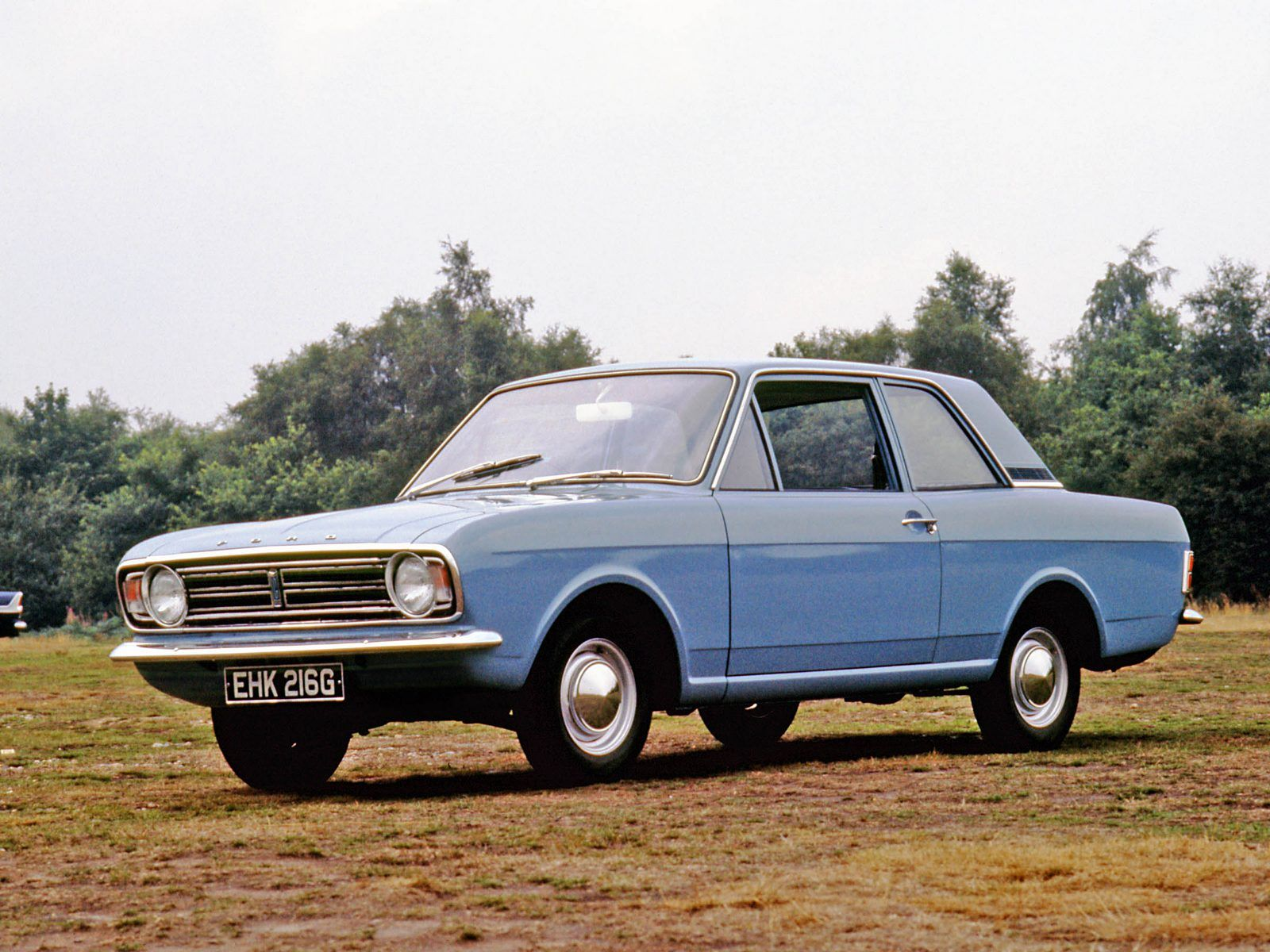 Retro Car Ford Cortina | Ford Cortina | Pinterest | Ford, Car ford ...