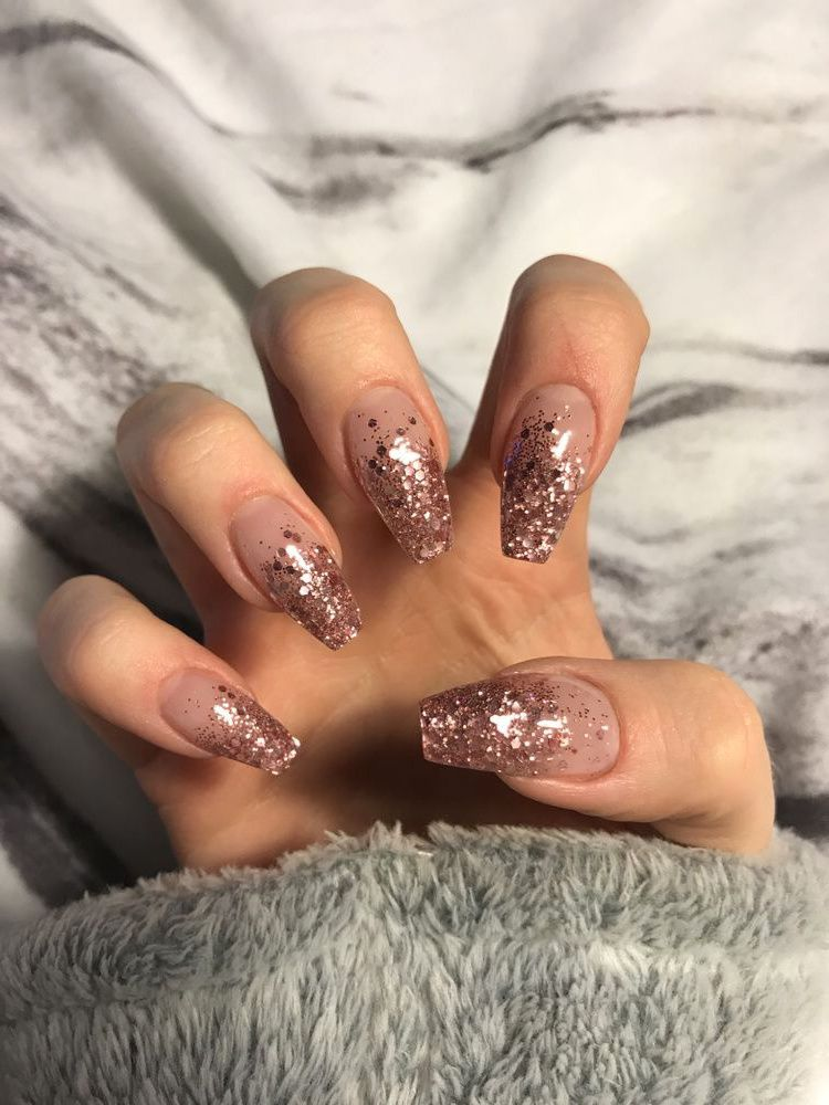 10 Elegant Rose Gold Nail Designs Ecemella Rose Gold Nails Design Ombre Nails Glitter Nail Designs Glitter
