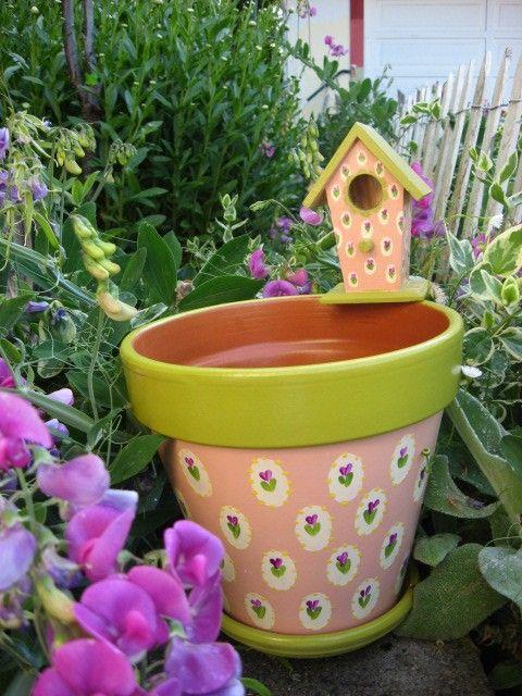 8 Inch Flower Pot And Bird House
