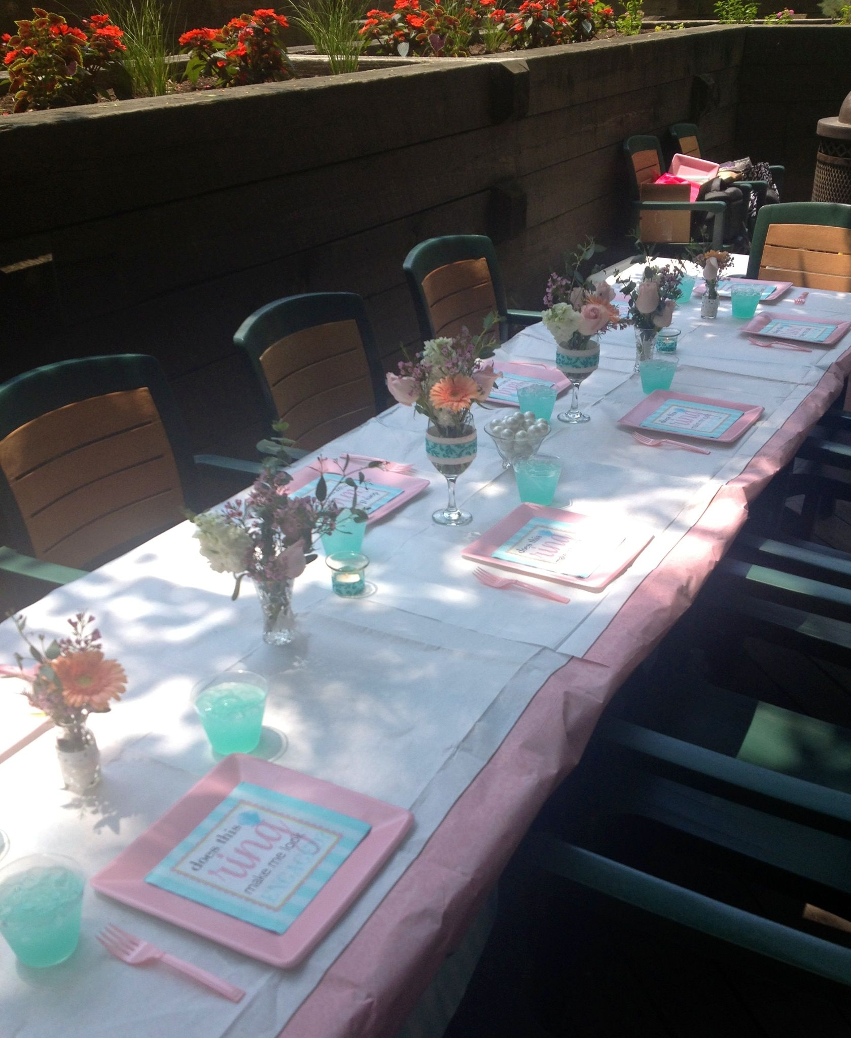 Here is a tiffany blue inspired bridal shower table set up! I used ...