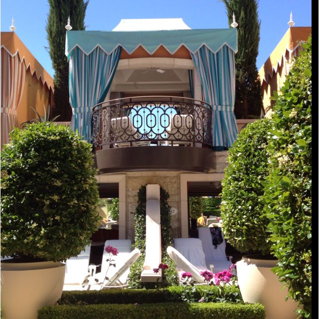 I Am Obsessed With The Cabanas At The Wynn Vegas Places