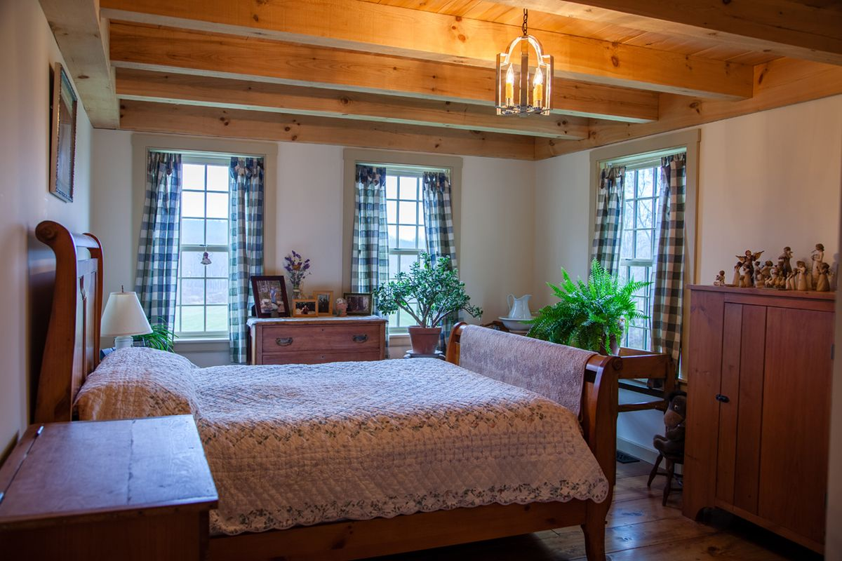 Early New England Homes Gallery New england bedroom