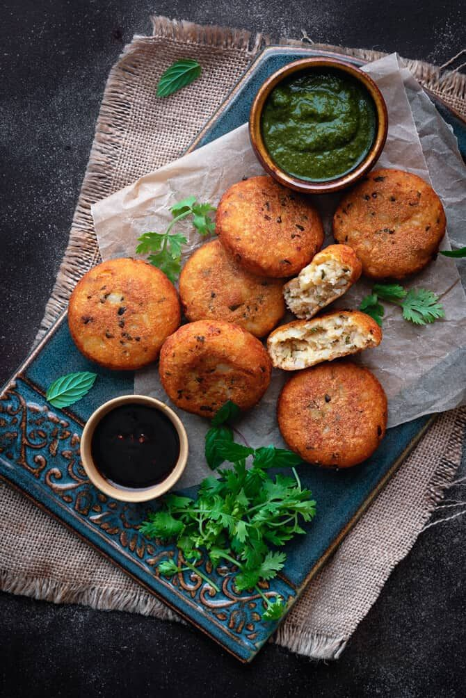 aloo tikki recipe aloo tikki recipe fast food breakfast indian potato recipes on hebbar s kitchen recipes aloo tikki id=25216