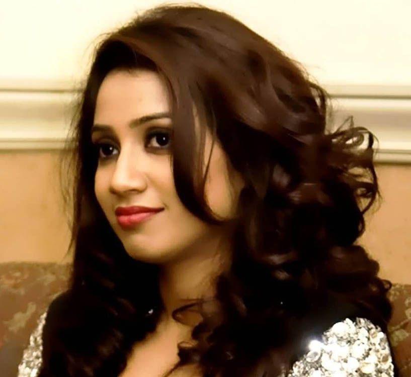 Shreya Ghoshal Hd Wallpapers Singer Shreya Ghoshal Celebrities