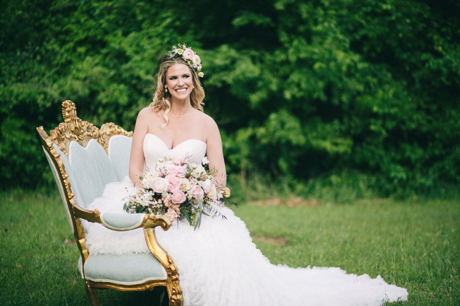 Grapevine texas bridals by julia sharapova blue u gold couch by