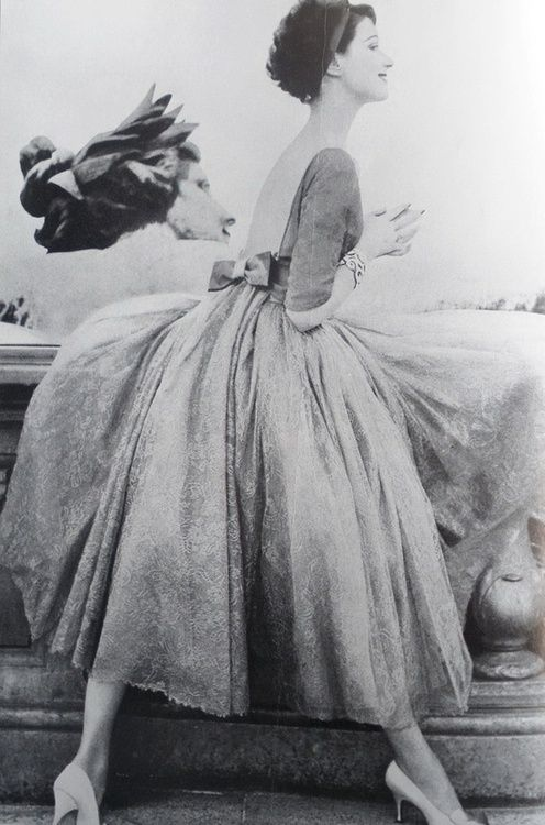 1958 dress fashion.