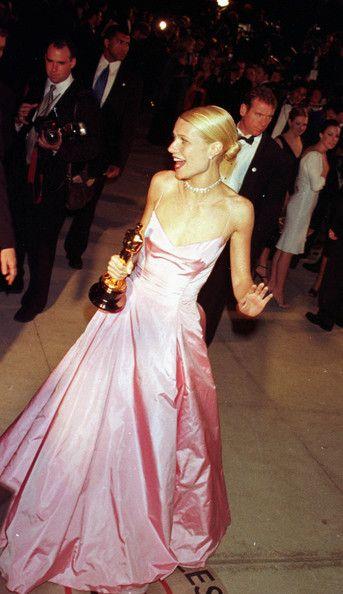 495ef6c9e3cd Vanity Fair post-Oscar party at Morton s restaurant in Los Angeles