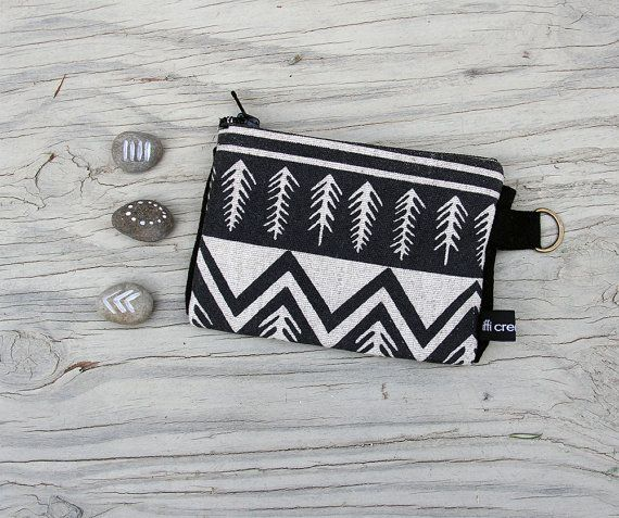 Linen Purse, coin Purse, wallet, natural, unisex, primitive style, triangles design, screen print.