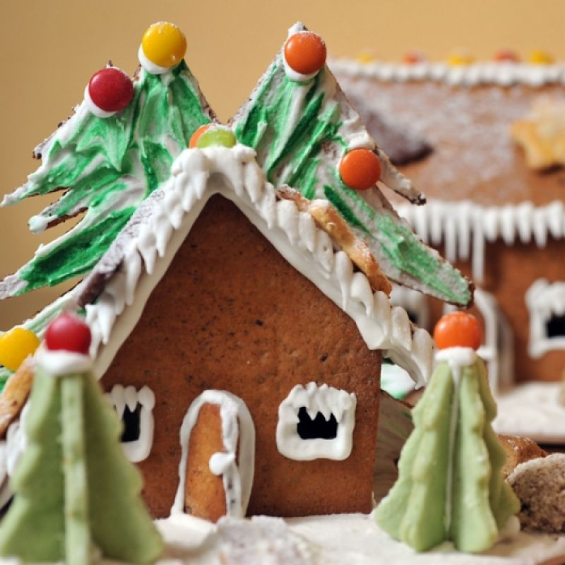 A great recipe for ginger bread to make a house. �. Easy Ginger Bread House  Recipe from Grandmothers Kitchen. Follow us on Pinterest.