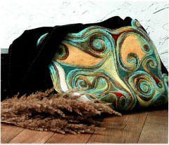 Модное украшение на шею в технике мокрое валяние su oranzine gele
