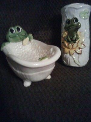 Vintage Neil The Frog Sears Frog Salt Shaker and Frog in Bathtub ...