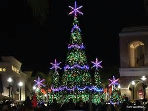 christmas tree at the shops at wiregrass in wesley chapel florida - Christmas Tree Shop Florida