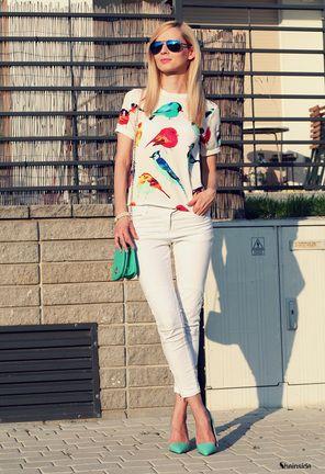 White Short Sleeve Birds Print Dipped Hem T-Shirt