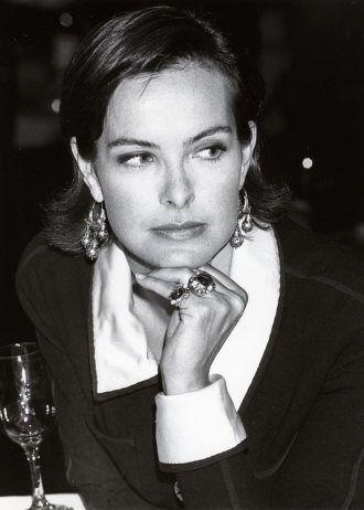 Carole Bouquet chanel
